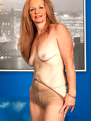 Mature cougar on the loose