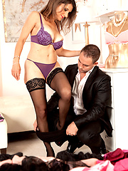 MILF ready to hard sex with client