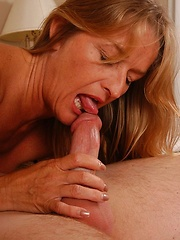 Cute amateur mature get fucked by horny student