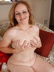 Cute chubby MILF masturbating her wet hole