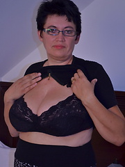 Wont you come and play with my mature wet pussy?